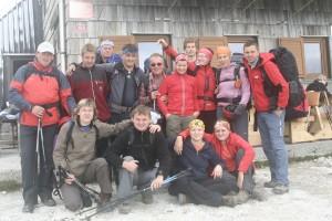 Z leve proti desni zgoraj: Gregor, Matic, Silvo ,Vojko, Mirko, Nina, Mitja, Jožica, Sara, Matej; spodaj: Marjanca, Damjan, Meta, Nuša